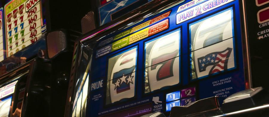 L'ossessione del giocatore si è spostata dalle slot machine al gioco online