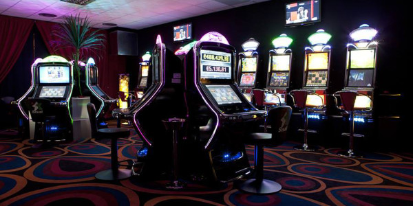 Viaggio nel mondo delle VLT, l'alter ego delle slot machine
